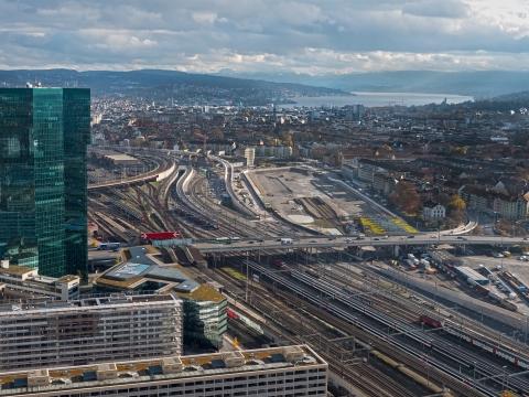 Stadt Zürich Luftaufnahme mit Drohne / Multikopter von der Pfingstweid